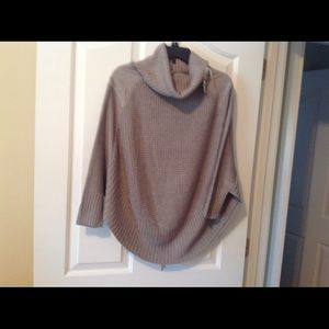 NWT Madison Jules Grey Cowl Sweater, Size Small